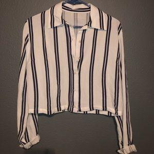 Brandy Melville button up (white/dark navy)
